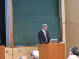 ゲアリ・ジャンセン教授(セントルイスのワシントン大学) の講演
